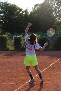 Handballer vom TV Hochdorf spielen Tennis