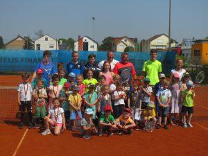 Jugendtraining und Aktive wieder am Ball - TCL 2020